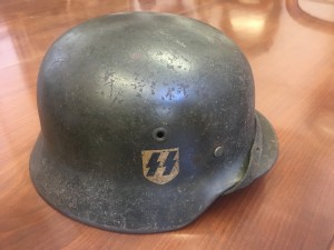 Museums set to buy Helmets and Militaria with veteran provenance.